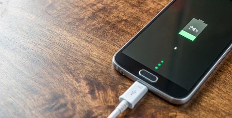 Tips Menghemat Daya Baterai Smartphone